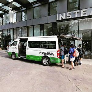 Private Airport Transfer by Tour Van Bas Persiaran in Kuala Lumpur Malaysia to KLIA Airport